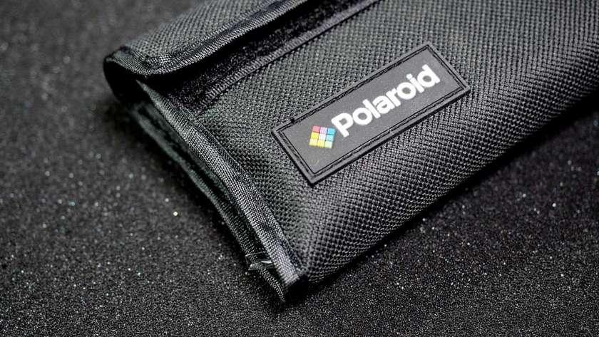 GoPro に取り付けた Polaroid レンズのケース。