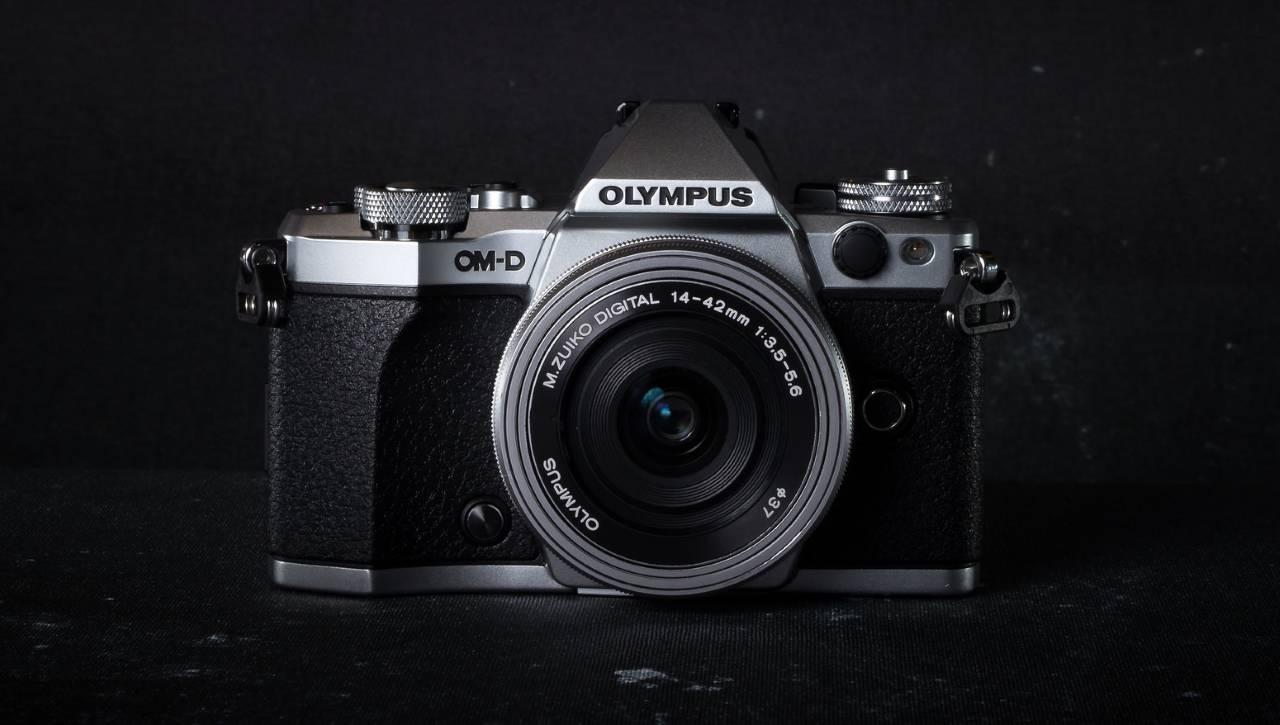 OLYMPUS OM-D E-M5 Mark2 の外観のイメージ。